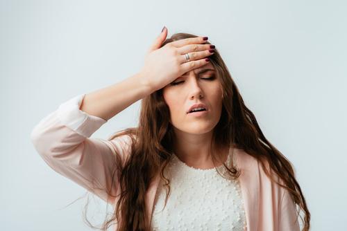 почему зудит голова и тело