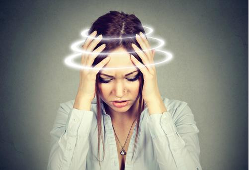 Почему стала часто кружиться голова и что делать?