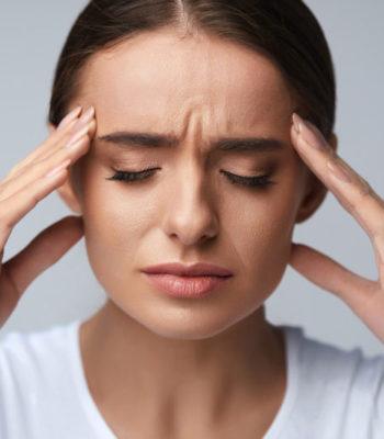 Симптомы и способы лечения мигрени у женщин