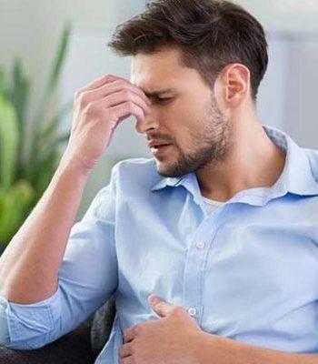 Почему болит живот и кружится голова
