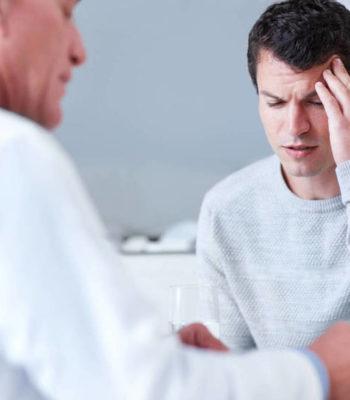Почему болит голова в одной точке и как убрать боль