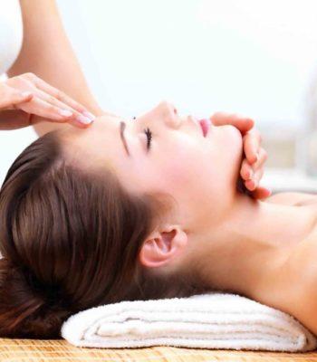 Лечебный массаж головы при мигрени